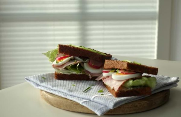 Low Carb Stulle Butterbrot